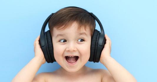 Manfaat Mendengarkan Musik Ketika Belajar